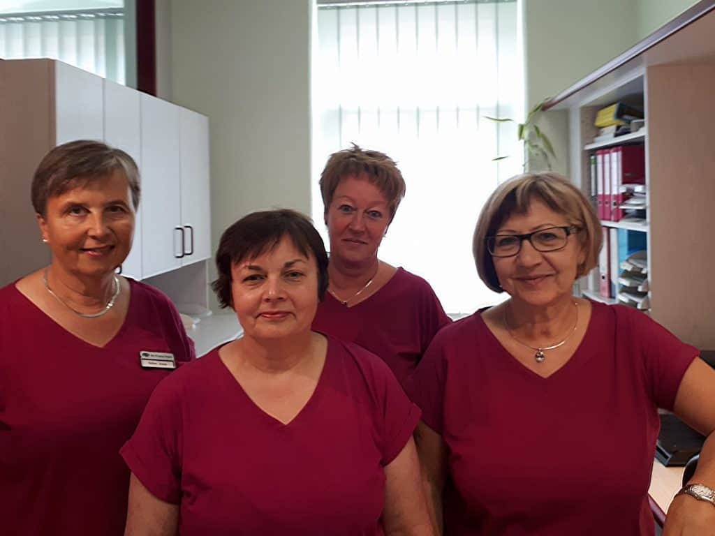 Praxisteam Hausärztlich- Internistische Praxis Dipl-med Annett Lehnert